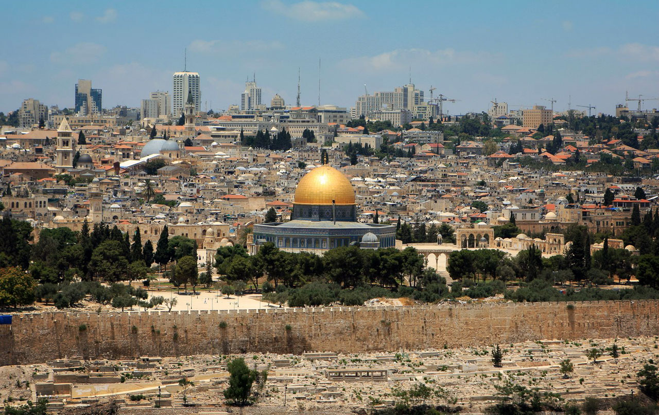 Jerusalem_ViewFromMountofOlives_EveChafarnski_123rf1280