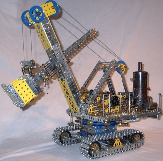 Meccano_model_Steam_shovel_excavator